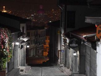 قلعة أنقرة ، قلب سياحة العاصمة ، مضاءة