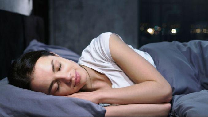النوم المنتظم والجيد ضروري للحماية من أمراض الشتاء والشتاء.