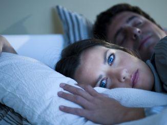 синдром немирних ногу чини вас неспаванима