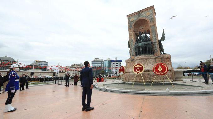 تم الاحتفال بتحرير اسطنبول من احتلال العدو في تقسيم