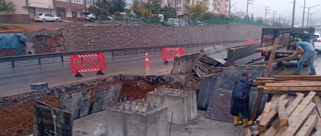 Beachyolu Kurucesme tram construction continues despite the rain