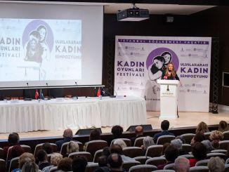 الندوة النسائية الدولية التي تستضيفها مدينة ازمير الحضرية