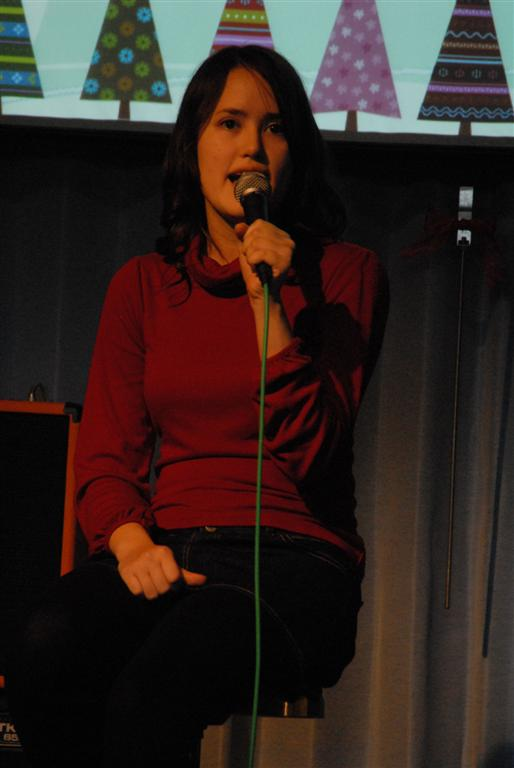alishea-singing