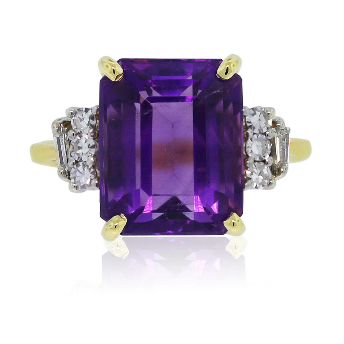 18k Yellow Gold Emerald Cut Amethyst Amp Diamond Ring