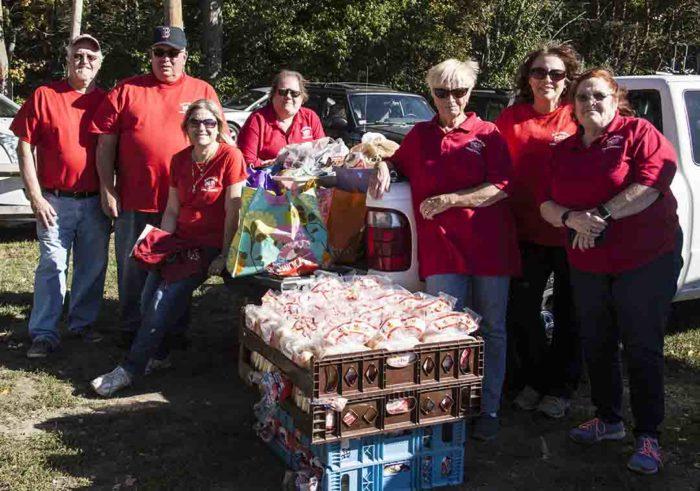 raynham food basket volunteers