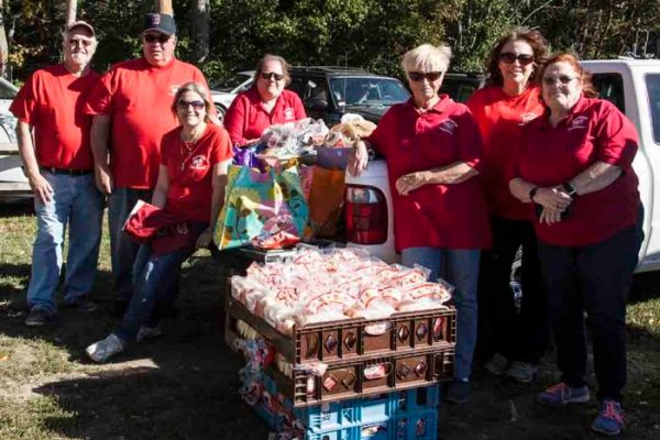 raynham food basket volunteers