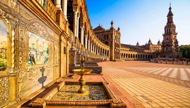 think-spain-seville-spanishsquare-532664651-marquesphotography-copy