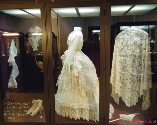 suknie-i-tkaniny-galeria-rzemiosla-artystycznego