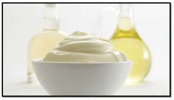 Mayonesa y aceite de oliva para el cabello
