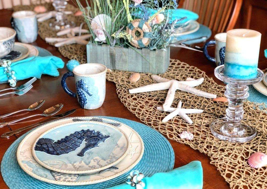 Ten Things That Happen When You Are In Beach Themed Party