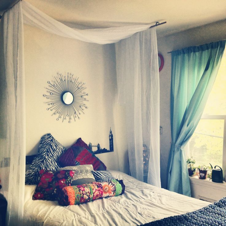 over bed hanging curtain diy with step