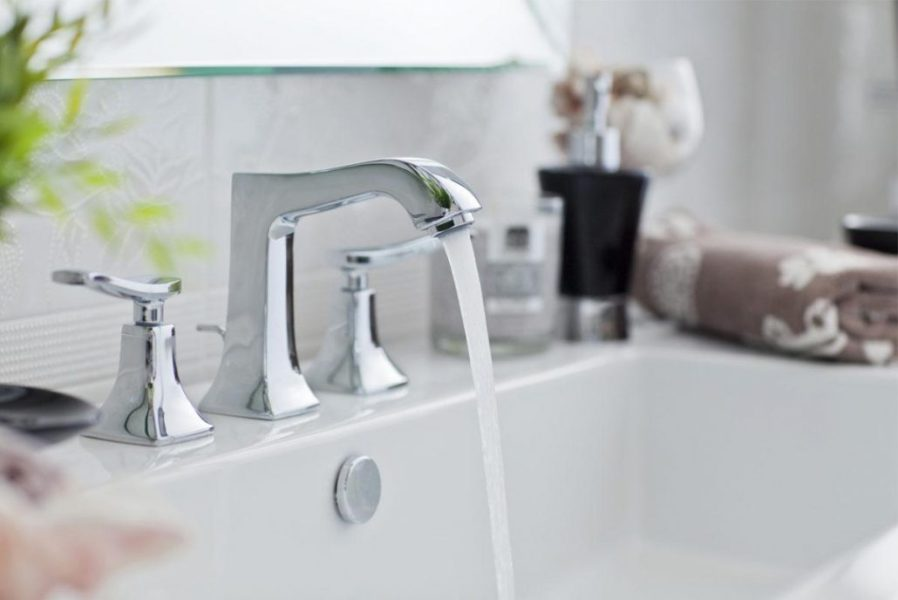 Plumbing fixtures     Rays Plumbing Service Our licensed plumbers can install a new faucet in your bathroom or kitchen   if you are dealing with a leaky faucet  we can diagnose it and fix it or if  it