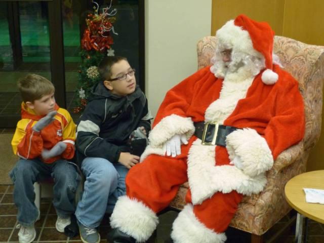 kids and santa 2