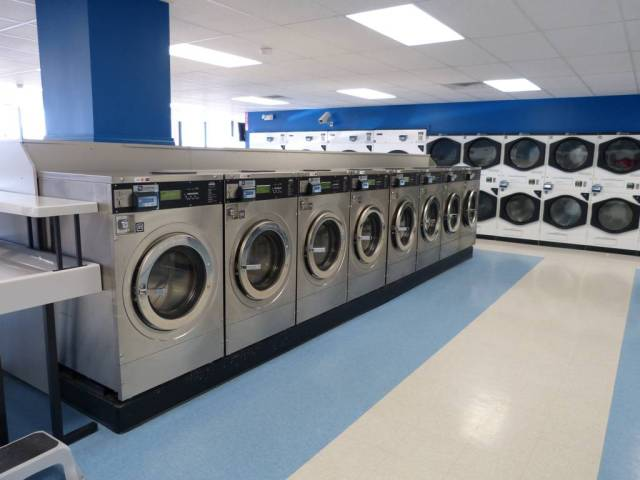 Plaza Laundry 4