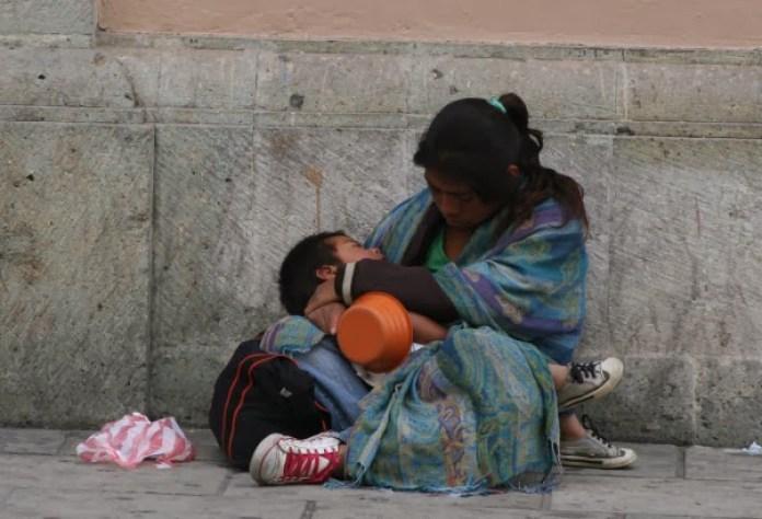 """Alquilan"""" niños en 400 pesos por día, para mendigar"""