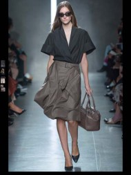 Bottega Veneta dark gothic elegant classic tailored ruffles earthy funky pop Spring Summer 2014 fashionweek paris london milan newyork nyc-6