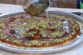 Making Knafeh