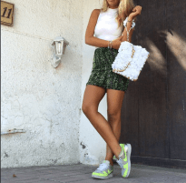 Kicking it back With a #mochi skirt and clutch 👟✔️ shop #Palestine and #Hungary collections online 💚 www.allthingsmochi.com #TheArtOfEmbroidery #ThoseLegsThough