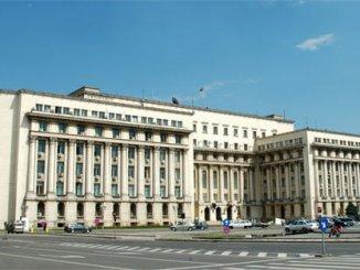 """Imnul României - Plângere în legătură cu intonarea Imnului României de către Corul """"Madrigal""""."""