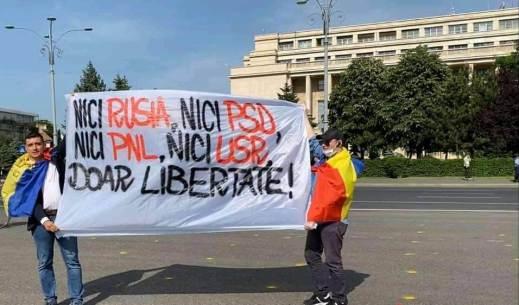 98348175 552828742044122 475675389037903872 n 300x176 - Piaţa Victoriei 300 de români au protestat. Cine a inițiat protestul din Bucuresti?