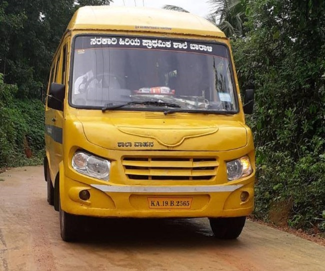 professor compra ônibus levar alunos escola