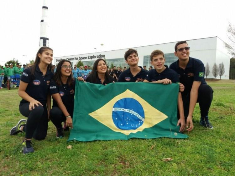 Estudantes brasileiros ganham prêmio em concurso de Robótica da NASA