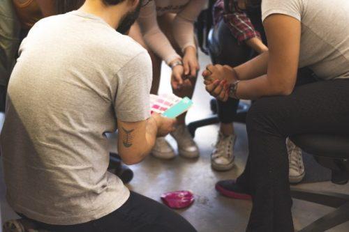 Designer oferece cursos gratuitos para jovens de baixa renda em SP 4