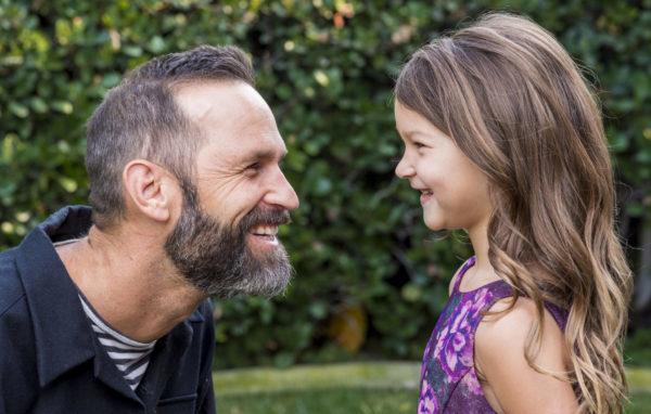 pai encara prova de triatlo para inspirar a filha
