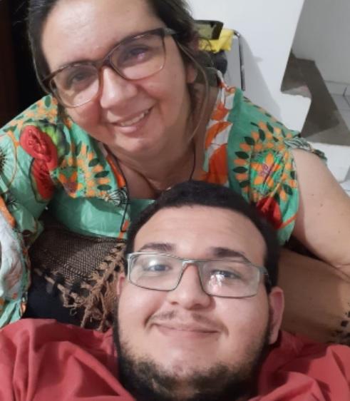 mãe volta enxergar transplante córnea doada pelo filho