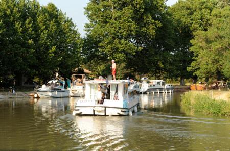 Cu barca pe canale in Franta 1