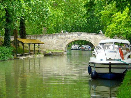 Cu barca pe canale in Franta 6