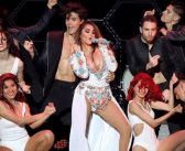 Dulce María arrasa em show no México