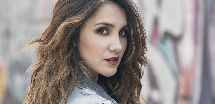 Dulce María revela que deseja atuar em novela brasileira ao lado de Bruna Marquezine
