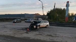 В Новосибирске в столкновении «Камаза» и «Субару» пострадали 3 человека