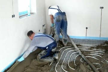 Semi-dry floor screed. A photo