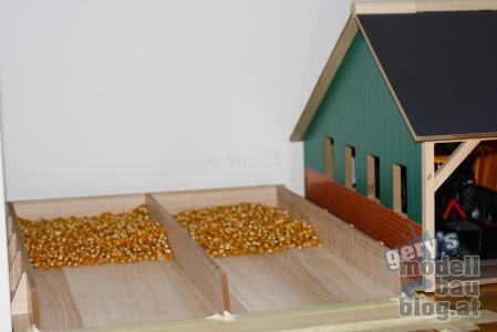 Die Silage verwenden wir zum aufladen des Mais...