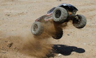 Vaterra Halix 4WD Monster Truck - Quelle: www.vaterrarc.com