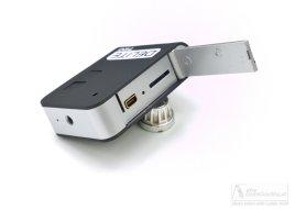 Actioncam DELITE 720HD - Mini USB Anschluss und Micro SD Kartenslot