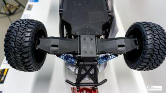 Glatte Chassis-Unterseite mit gesenkten Schrauben
