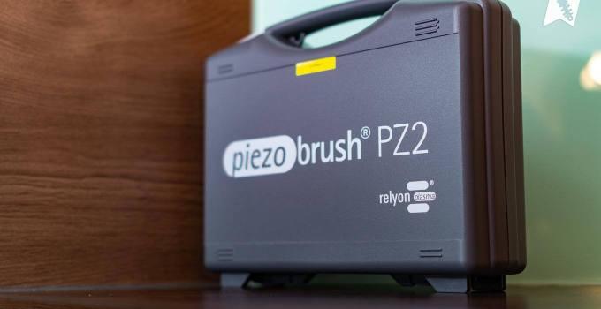 Koffer vom Piezobrush® PZ2-i - Plasmatechnologie für den Modellbau
