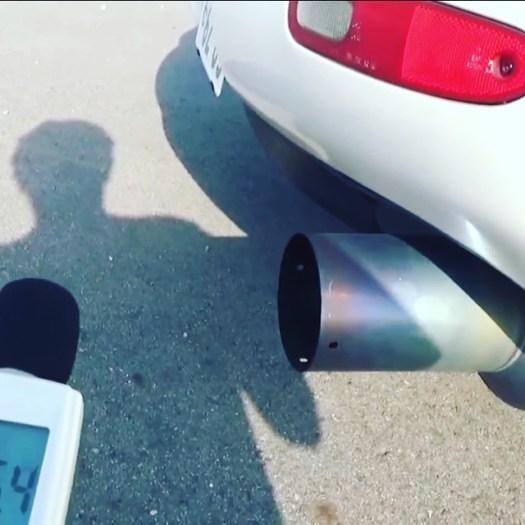 愛機のRX-7 FD3Sの爆音度を測定してみました️さて、いくつになったか️チャンネルでチェックできますよ#rx7fd3s #rx7 #fd3s #fd3srx7 #ロータリーエンジン #爆音 #爆音マフラー - from Instagram
