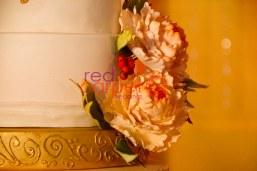 beautiful floral cake for wedding kerala kochi