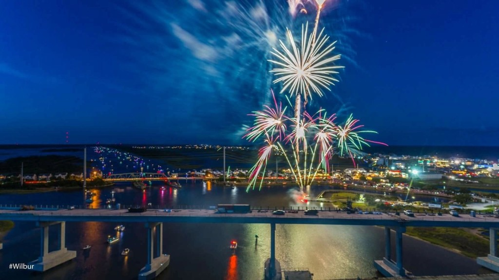 Surf City Fireworks by the Surf City Swing Bridge - July 2018 by Russell Williams rci plus topsail