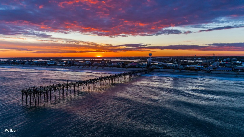 Easter Sunset 2019 in Surf City, captured by Russell Williams