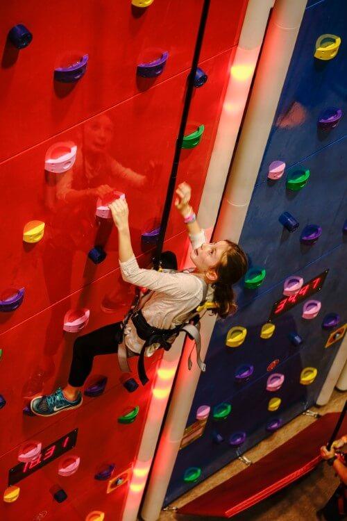climbing challenge wall
