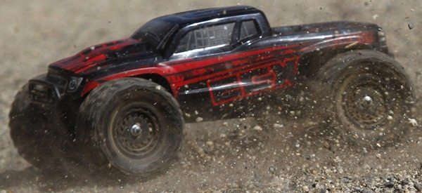 Two new 1/18th-scale models from ECX