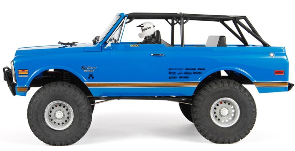 Axial SCX10 II 1969 Chevrolet Blazer RTR - Side