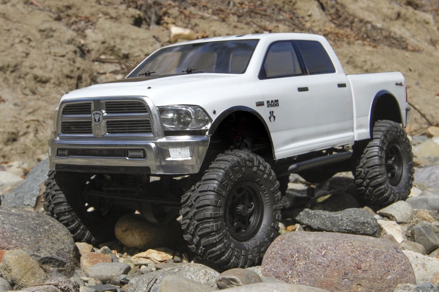 Axial releases a clear Ram Power Wagon body for the SCX10.