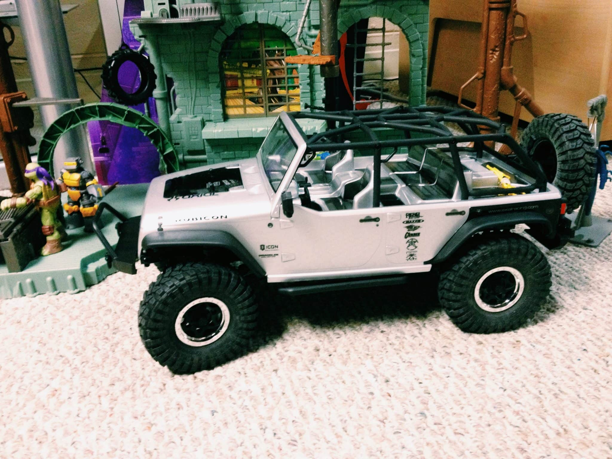 Axial SCX10 Jeep Wrangler Unlimited Rubicon RTR – First Impressions