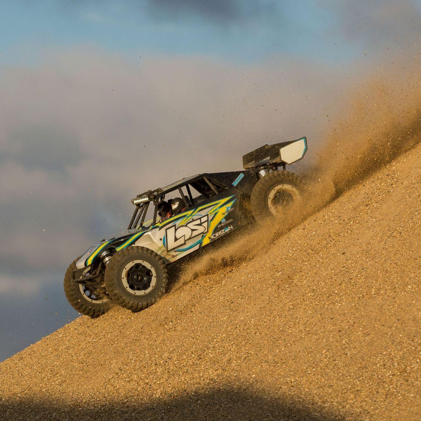 Losi Desert Buggy XL-E - Action